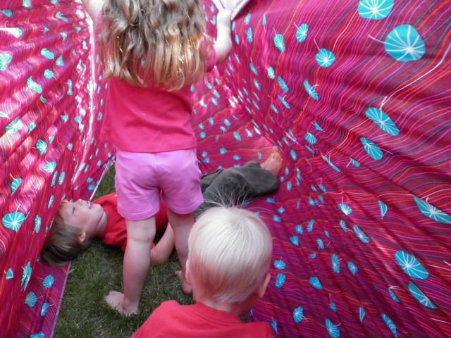stretchy-fabric-kids