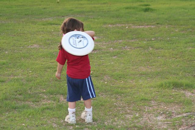 frisbee-kid