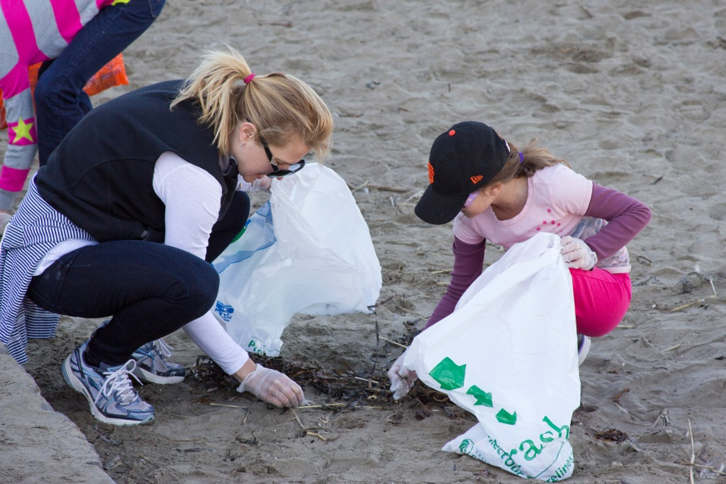 Coastal Cleanup Day with Aquarium of the Bay