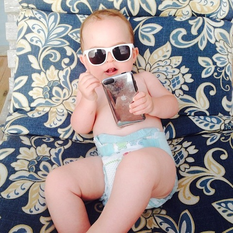 baby in shades_ef