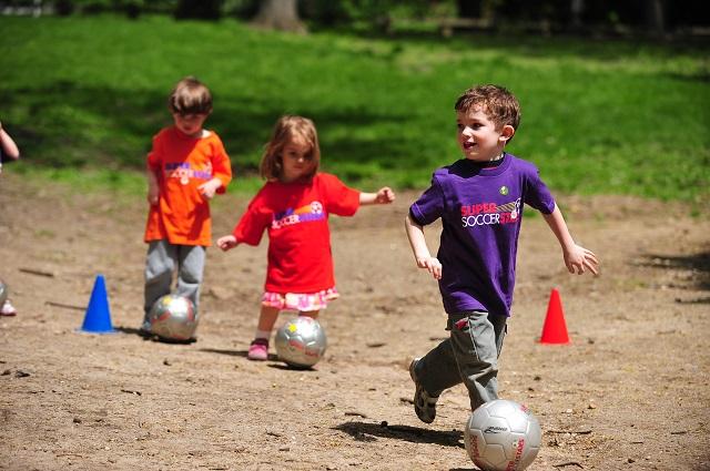 Super Soccer Stars Red Tri
