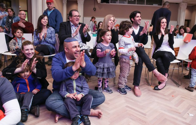 Sunday, November 23 2:30 – 3:30 pm Scheuer Auditorium, the Jewish Museum WeBop! Family Jazz Party: Painted Beats Presented by Jazz at Lincoln Center Express your artistic side at this interactive performance—a sellout at Jazz at Lincoln Center—making its Jewish Museum debut. The all-star WeBop! Band led by Mr. Tim (Tim Sullivan) will explore connections between jazz and the paintings of Abstract Expressionists Lee Krasner and Norman Lewis. Compose and conduct your very own sound collages as a family, bringing together the colorful worlds of art and music. Ages 3 – 8 Tickets: $18 Adults; $13 Children. Jewish Museum Family Members: $15 Adults; $11 Children