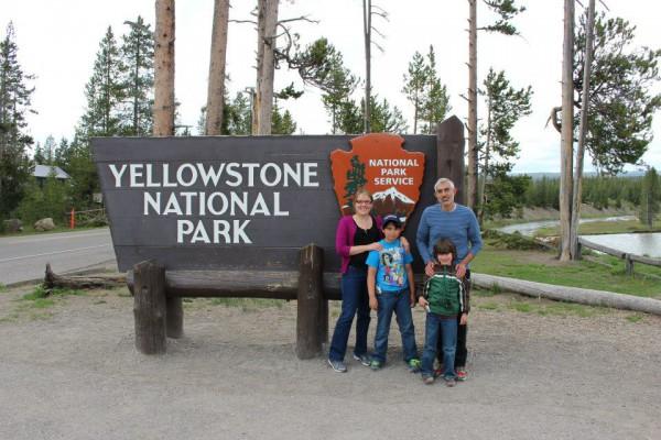 Yellowstonefamilypic