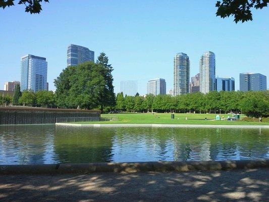 bellevue downtown park
