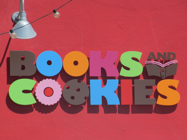 Books-and-Cookies-Building-Logo
