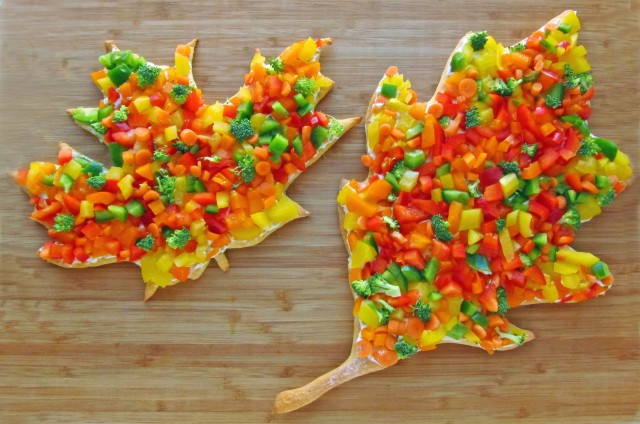 Hungry-Happenings-veggie-pizza-leaves