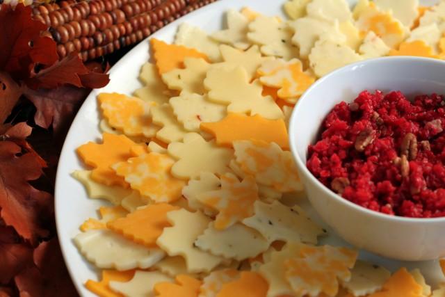plato de queso de acción de gracias