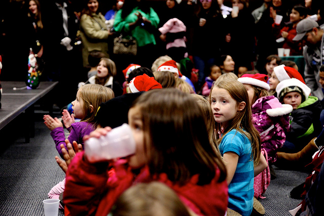 holiday-sing-a-long-kids