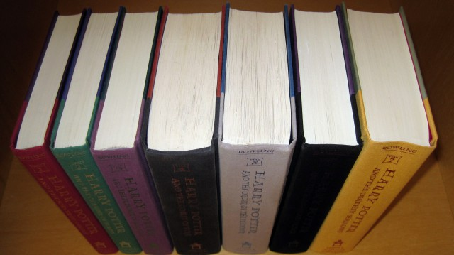 Harry_Potter_Books_1-7_without_dust_jackets,_1st_American_eds._2