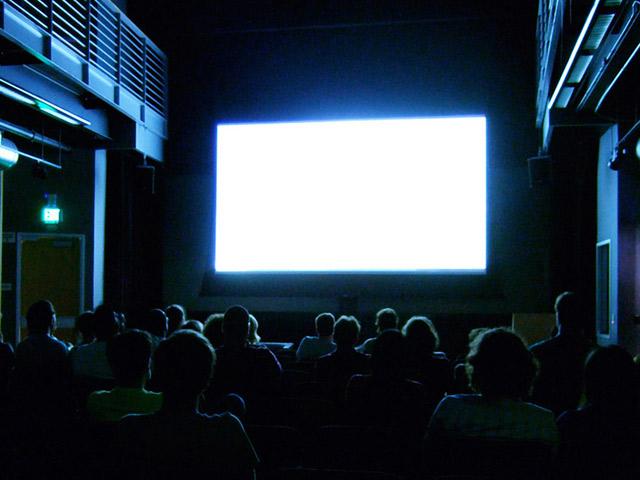 RT-movie-screen