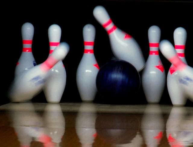 bowling presidio bowl