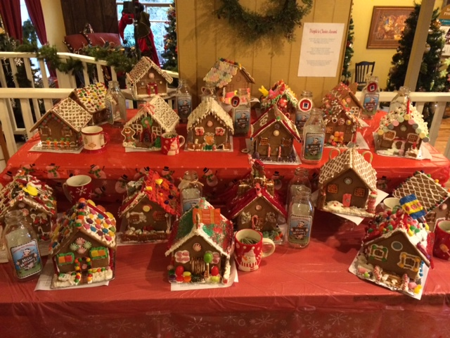 Bothell Country Village gingerbread houses 2 from website