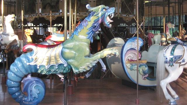 carousel-goldengate park