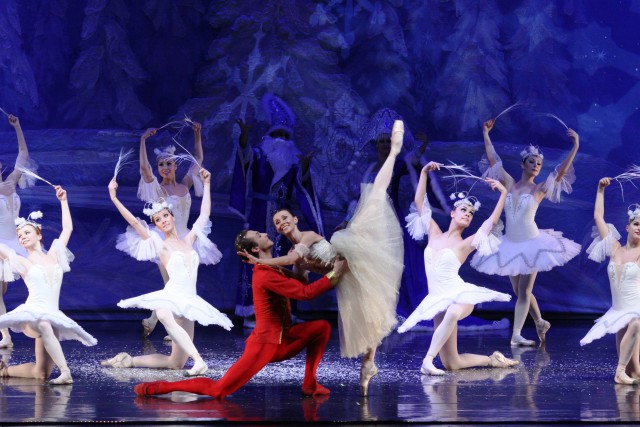 Great Russian Nutcracker_Masha and Nutcracker Prince in Snow Forest