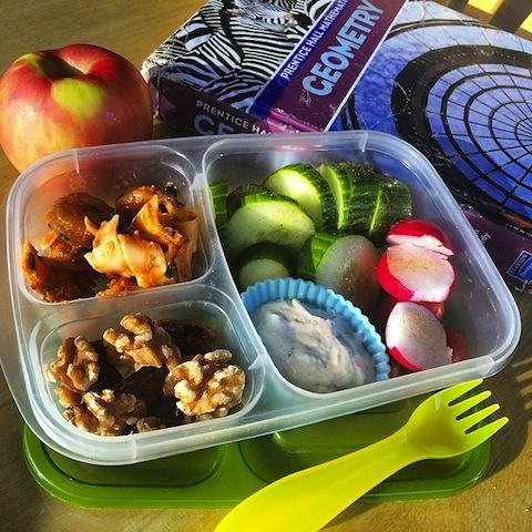 highschoollunch_easylunchboxes_instagramfoodies_food_redtricycle