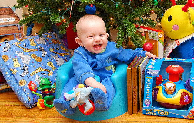 presents-holiday-baby