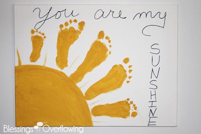 sunshineart_giftsbabymake_bump+baby_redtricycle