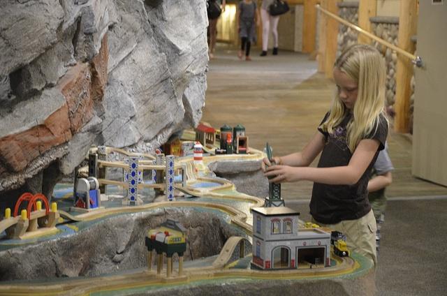 Train Table Imagine Museum