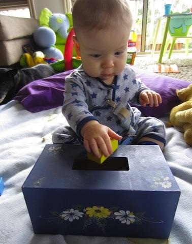 postbox_cardboardboxfun_bump+baby_redtricycle