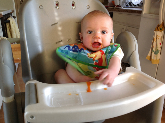 baby-eating-baby-food