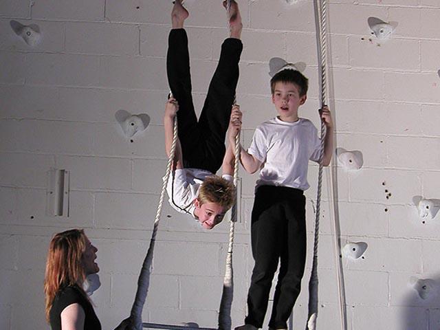 Boys-Trapeze