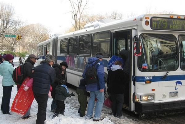 bus_winter