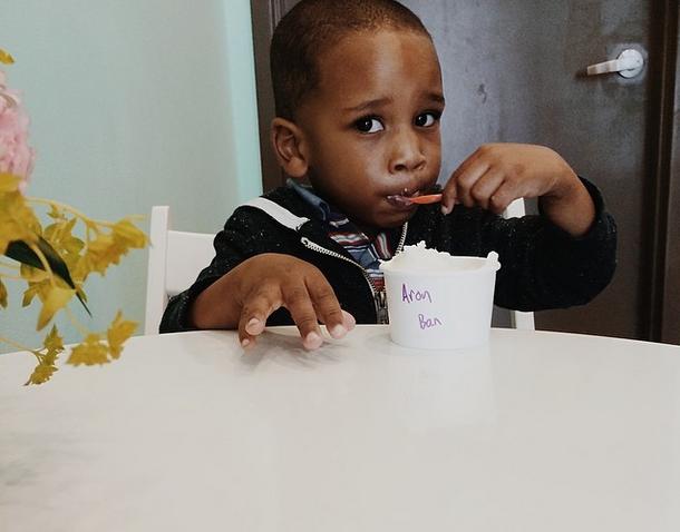 boy-eating-ice-cream