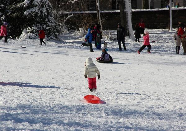 sledding_winter