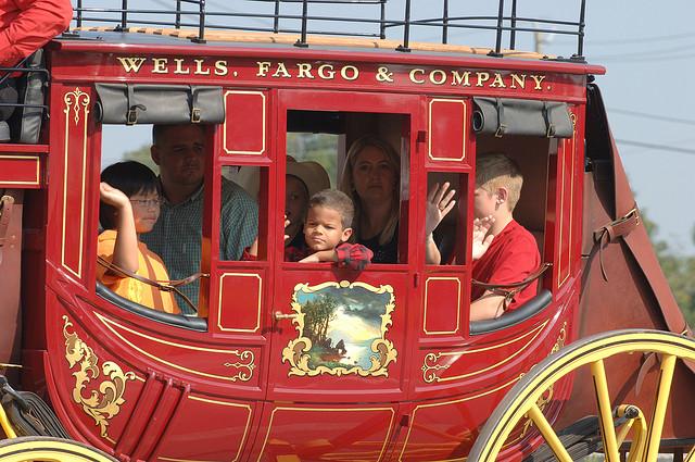 wells_fargo_stagecoach