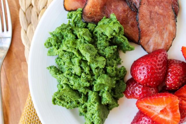dye-free green eggs and ham