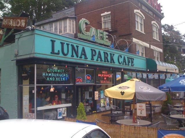 Luna Park face from FB