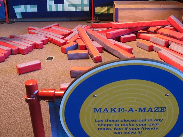 OMSI Mazes Make a Maze