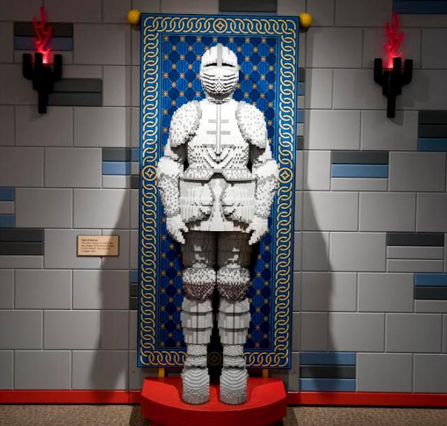 port-discovery-lego-exhibit