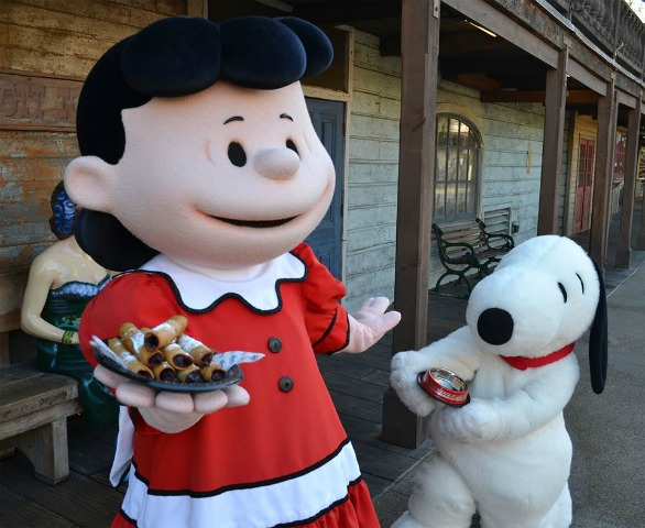 lucy and snoopy_knotts