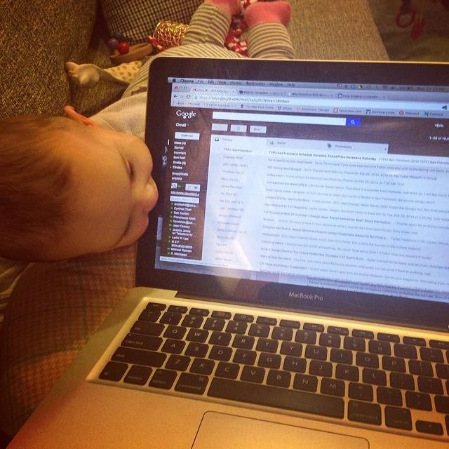 working-mom-computer