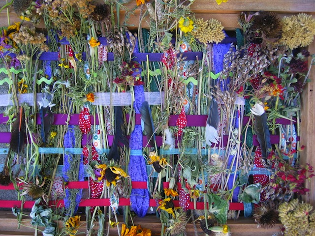 flowerloom_mymommymakesit_wildflowercrafts_wildflowers_national_redtricycle