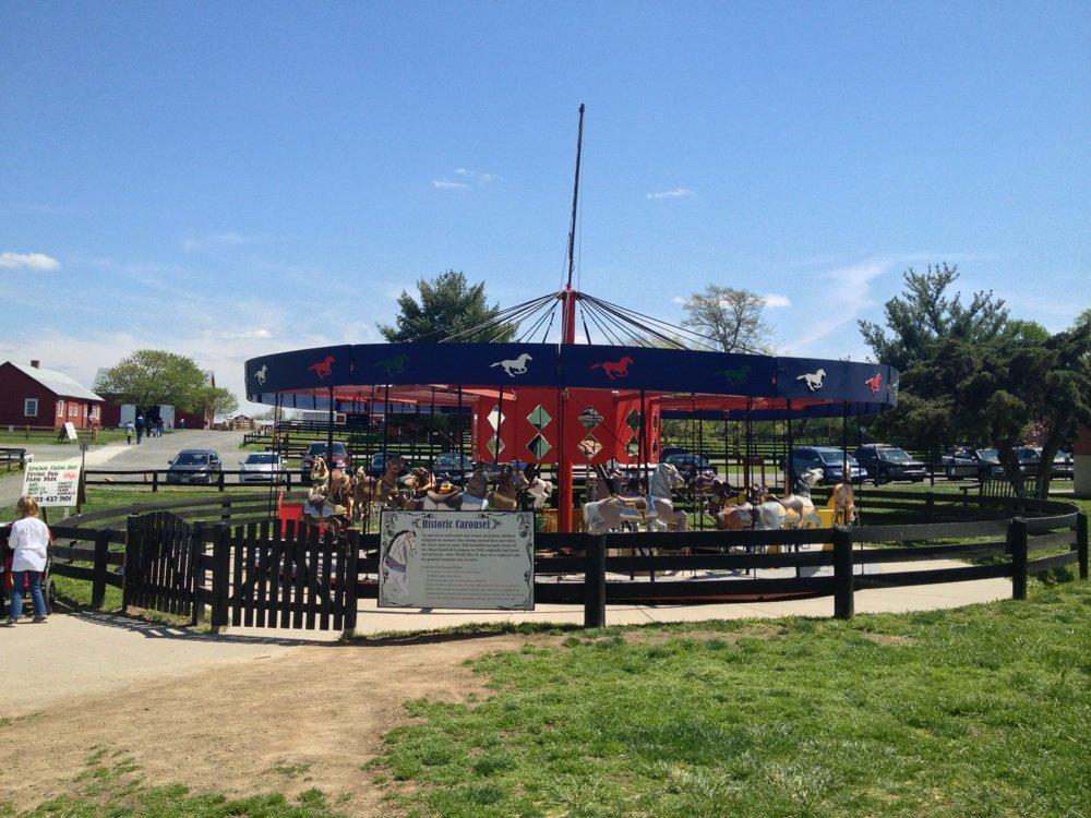 frying-pan-park-carrousel