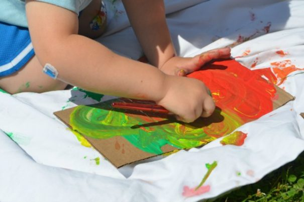 sheetpainting_carolynebert_easycleanup_outdoorart_national_redtricycle