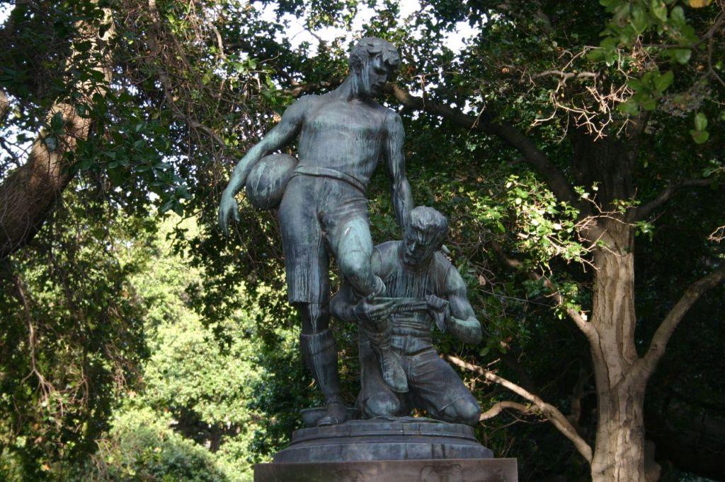 football players statue, UC Berkeley