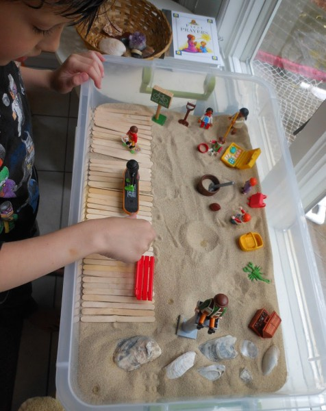 beach-sensory-box