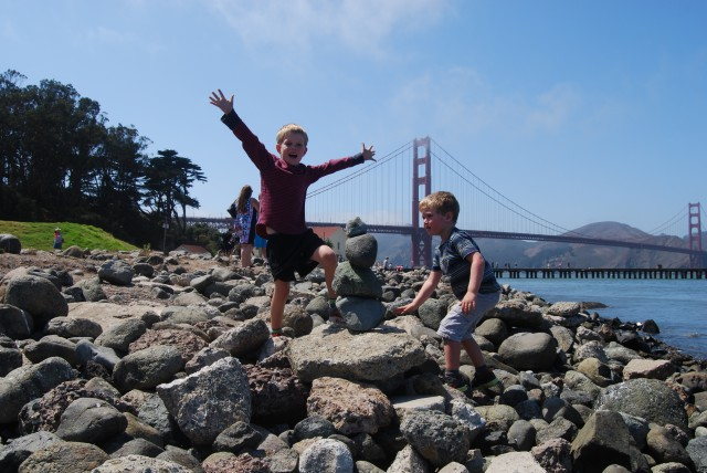crissy field, san francisco, stacking stones