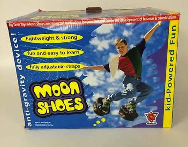 moonshoes_oldtoys_sidewalkfun_national_redtricycle