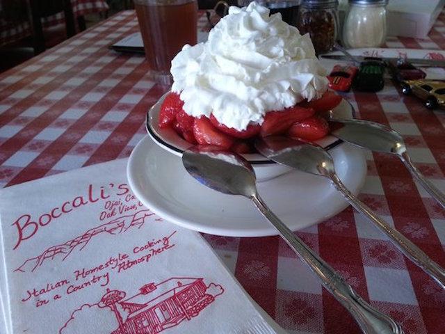 Ojai-strawberry-shortcake-Boccalis