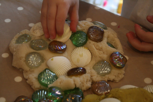 sand-play-dough-theimaginationtree
