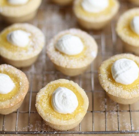 sugar-cookie-lemon-tarts_inquiring-chef