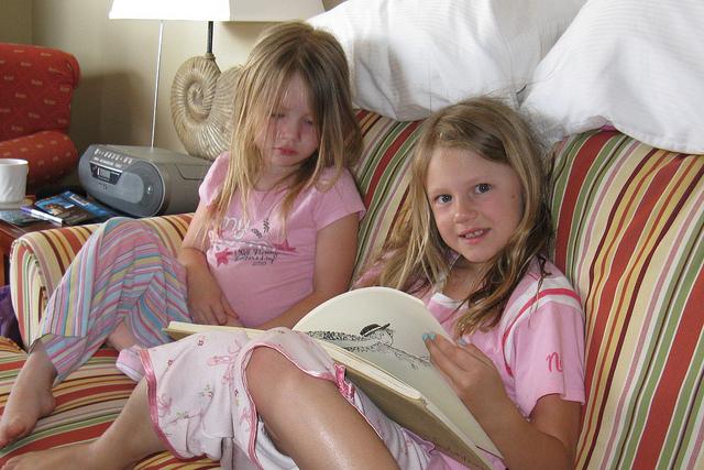 kids reading poetry books