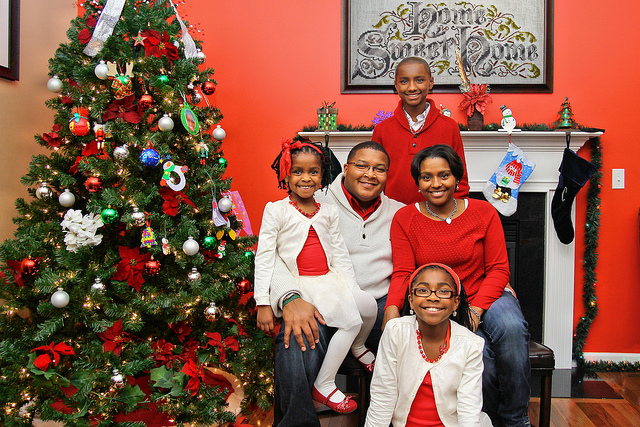 familychristmasphoto-cc-Donald Windley-flickr