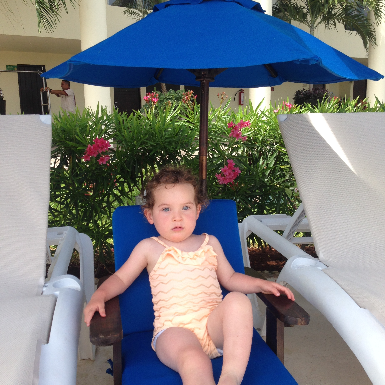 pool_lounger_azul