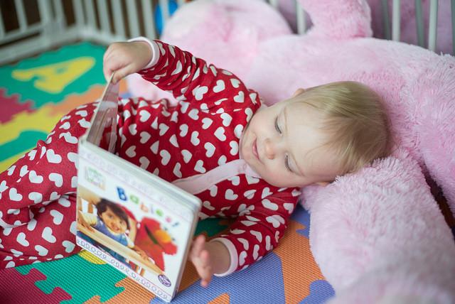 Reading to newborns 2