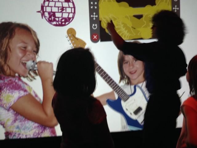 OMSI Guitar photo maker